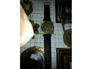 Orologio a muro ottone con cinturino