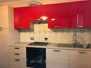 Cucina in muratura nuova mai usata euro posot class for Cerco cucina nuova occasione
