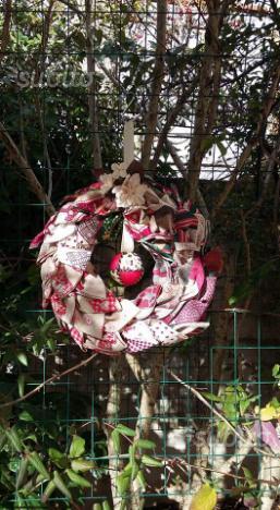 Ghirlanda natalizia artigianale