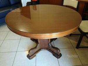 Tavolo in noce allungabile con 4 sedie