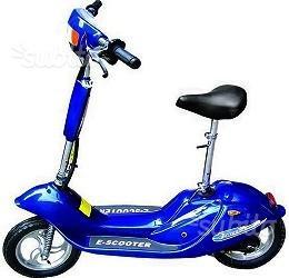 Scooter monopattino elettrico