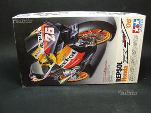 Kit Honda RC211V '06 Tamiya 1:12