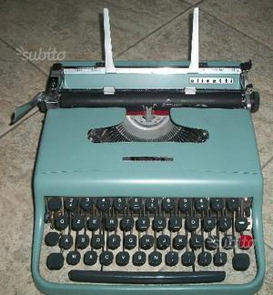 Olivetti Lettera 22 con borsa