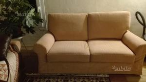 Due divani due posti