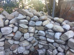 Collana pietre di fiume posot class for Pietre di fiume