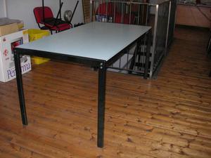 Tavolino con ruote fontana arte design gae aulenti posot - Tavolo con ruote gae aulenti ...