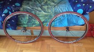 Coppia di ruote da corsa Campagnolo / Khamsin