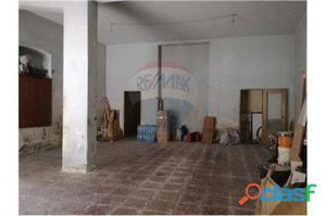Catania Magazzino in vendita 0 Locali 48.000 EUR MT031