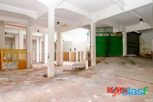 Catania Magazzino in vendita 0 Locali 500.000 EUR MT010