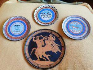 Piatti da collezione anni '60 in ceramica dipinta a punta di