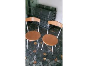 2 sedie in legno e metallo