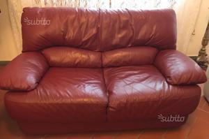 Coppia di divani in pelle colore Bordeaux