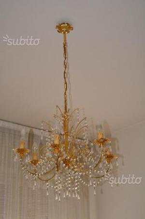 Lampadario a gocce di cristallo e oro zecchino