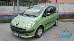 PEUGEOT 1007 benzina in vendita a Somma Lombardo (Varese)
