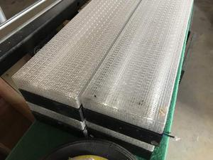 Plafoniere Rettangolari : Plafoniere rettangolari porta neon per garage posot class