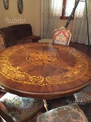 Tavolo antico con 6 sedie in legno massello