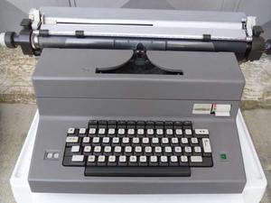 Macchina da scrivere Olivetti Editor 4 d'epoca