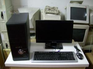 PC fisso completo di Monitor