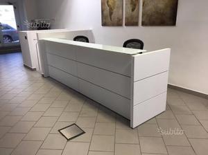 Reception da ufficio posot class for Mobile reception ufficio
