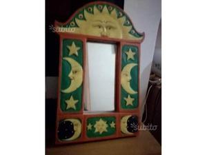 Specchio etnico in legno
