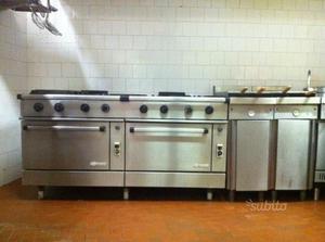 Cucina 8 fuochi 2 forni per ristorante usata posot class for Cucina 4 fuochi usata