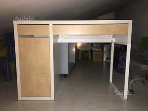 Affare scrivania ikea angolare micke posot class for Ikea scrivania micke angolare