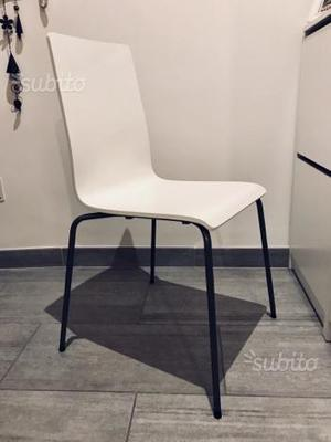 N 4 sedie bianche ikea per soggiorno cucina posot class for Ikea sedie bianche