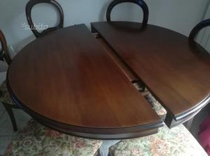 Tavolo antico in noce con 6 sedie