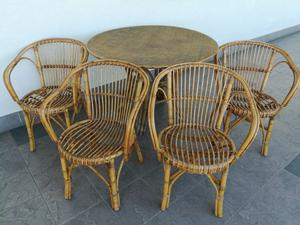 Tavolo con 4 sedie Arredamento Casa e Giardino