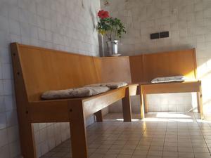 Tavolo e panca per cucina in vendita riva posot class - Panca e tavolo cucina ...