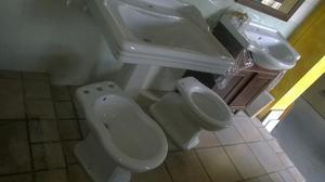 vaso bidet globo lavabo consolle Giunone azzurra