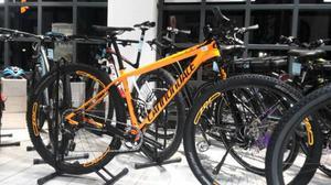 """CANNONDALE FSI 29"""" tg.M tipo di bicimountain bike"""
