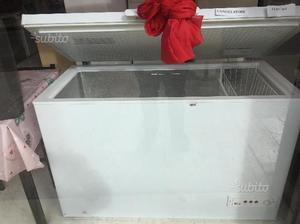 Congelatore professionale forcar 400 lt posot class for Congelatore a pozzetto piccolo
