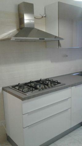Vendo cucina dada usata pochissimo color bianco | Posot Class