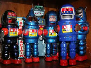 giocattoli robot auto e moto di latta compro zona Genova