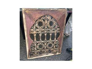 Per arredare un soggiorno maddaloni posot class for Finestra legno antica