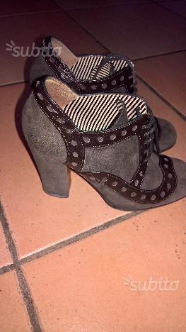 Scarpe donna Moschino originali