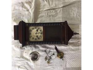 Vendesi orologio a pendolo junghans