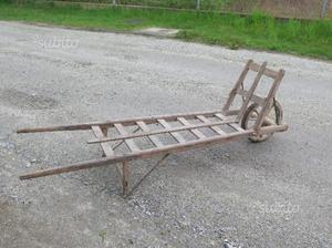 Antica carriola in legno da decoro posot class - Carriola in legno da giardino ...