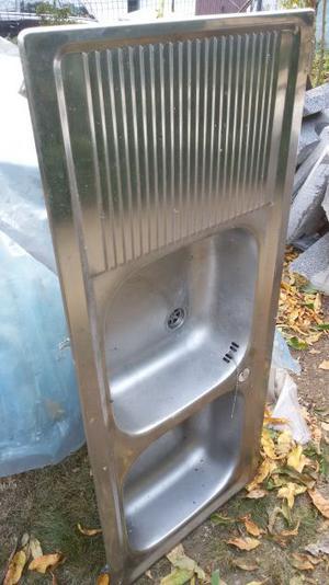Lavello acciaio inox a due vasche