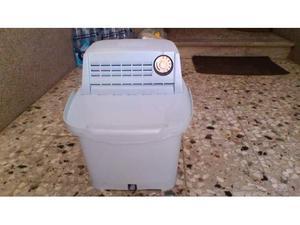Mini lavatrice con centrifuga da campeggio posot class for Mini lavatrice