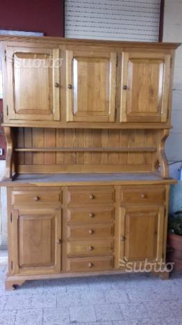 Credenza in legno massello