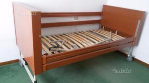 Letto per anziani letto con manovella treviso posot class - Letto elettrico per disabili usato ...