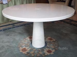Tavolo rotondo in marmo di Carrara Mangiarotti