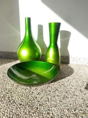 Tris di vasi