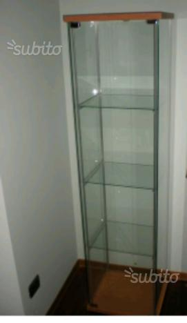 Vetrinetta ikea bertby posot class for Ikea vetrine in vetro