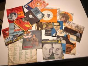 Collezione privata dischi in vinile 33 e 45 giri