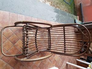 Sedia a dondolo in rattan posot class for Sedia a dondolo bambu
