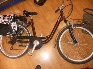 """Bici donna elettrica 26"""" batteria litio 24 v"""
