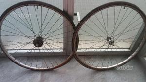 """Coppia di ruote per bici da 28"""" con 5 velocità"""